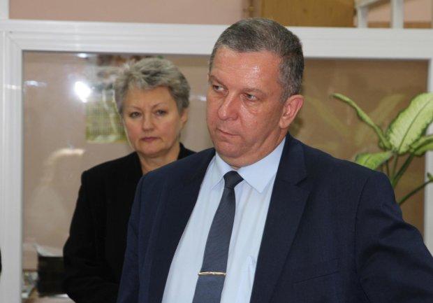 """На министра Реву нашли управу, чиновника могут судить, украинцы предлагают другие варианты: """"На гилляку эту сви**ту"""""""
