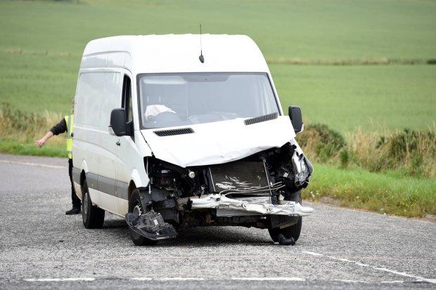 Шансов выжить не было: автобус с украинцами разбился в Европе, жуткие кадры