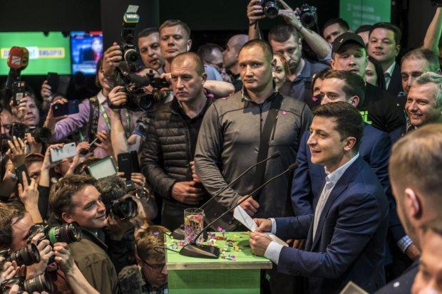 """""""Не будет чем-то общим"""": у Зеленского подготовили революционный закон для женщин"""