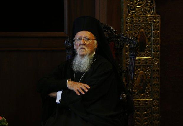 Константинополь непреклонен: будущее украинской церкви станет известно в декабре