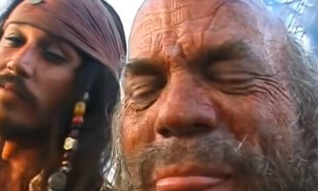 """Джонни Деппа в новой части фильма """"Пираты Карибского моря"""" заменили на звезду """"Мстителей"""""""