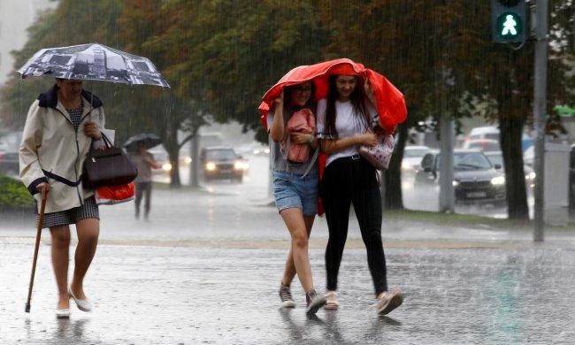 Осень в августе: синоптики рассказали, какой будет погода в ближайшие дни
