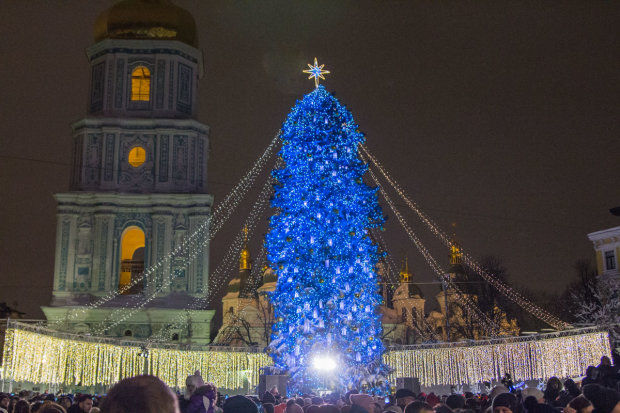 Выходные и рабочие дни в декабре: украинцам рассказали, когда можно уезжать в отпуск