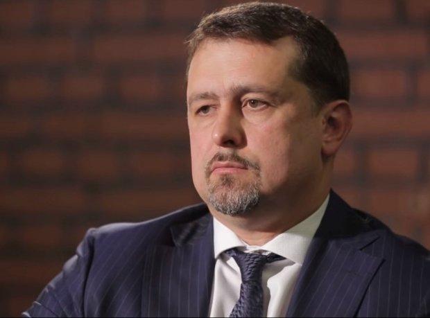 У украинского разведчика нашли миллионы долларов, 3 виллы и родню в России: детали