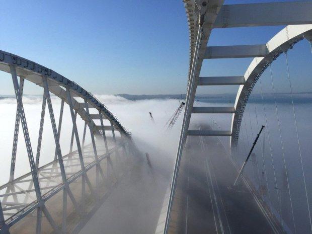 """Новые фото проклятого Крымского моста вызвали истерику в сети: """"Лучше б прилег отдохнуть и не мучался"""""""