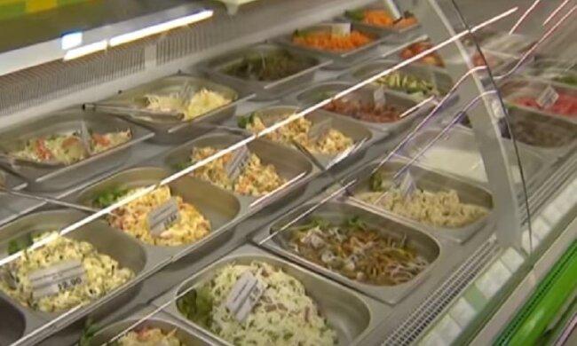 Выбросите их из холодильника: врачи назвали продукты, которые быстро старят организм