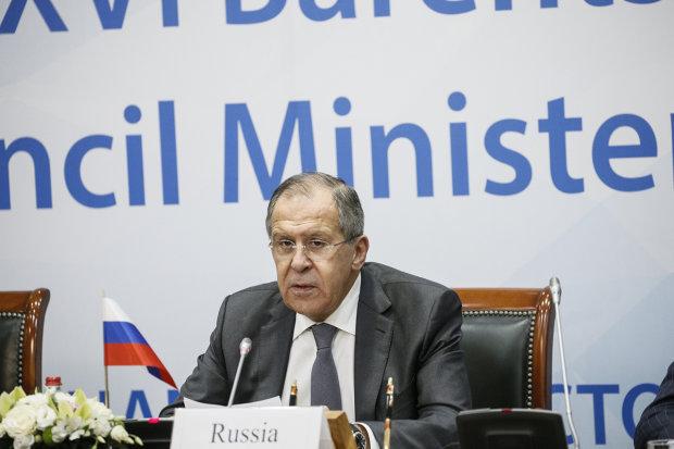 Глава МИД России Лавров резко «сдал назад»: проход украинских кораблей через Керченский пролив возможен, но есть условие