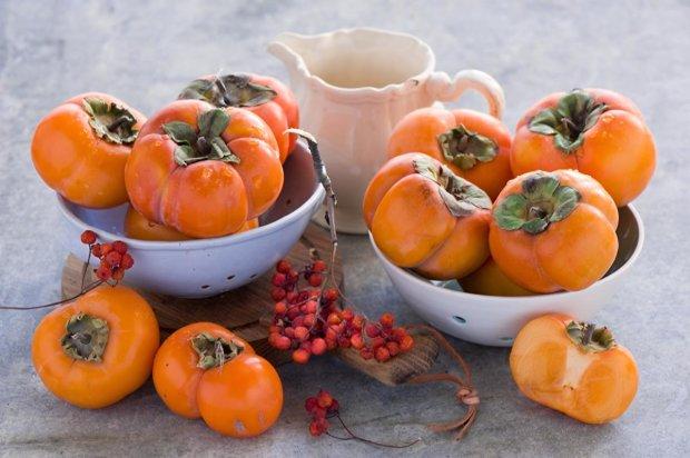 Медики назвали фрукт, способный уберечь от варикоза