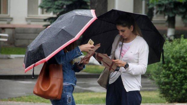Погода приготовила украинцам приятные сюрпризы: каким областям повезет больше всего, а кому не стоит прятать зонтики