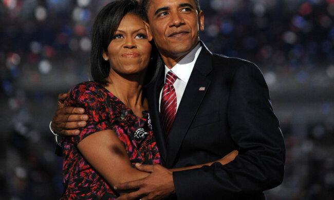 """В сети опубликовали интимное фото Мишель и Барака Обамы: """"Любовь есть"""""""