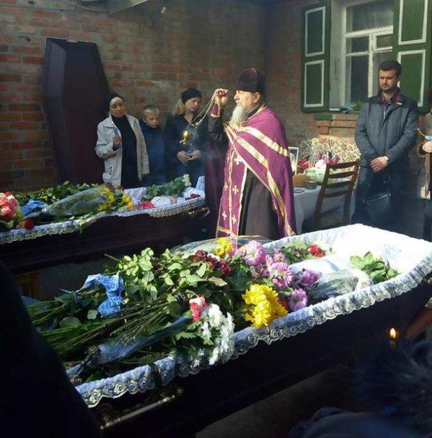 В Харькове хоронят жертв жуткой аварии