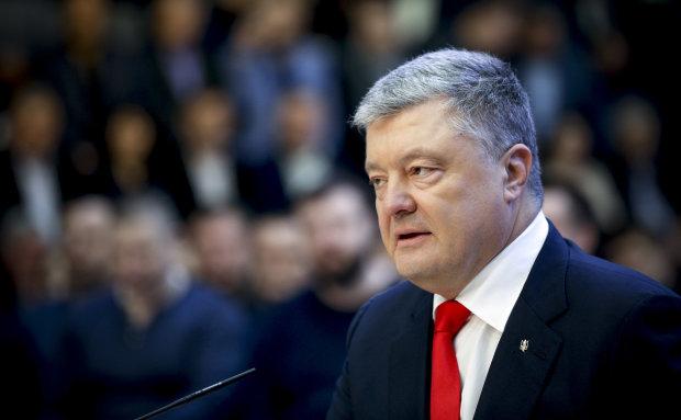 """Видео удаляют! Ветеран войны высказал все, что он думает о Порошенко: """" Народ никогда не простит"""""""