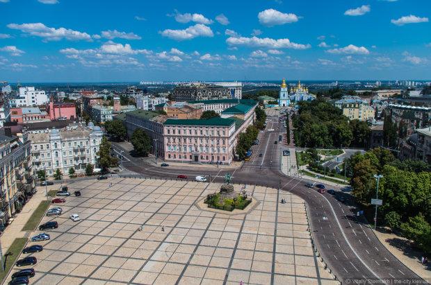 Важно! В Киеве запретят парковку. Опубликован список улиц