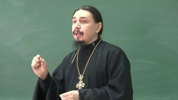 """""""Х** им, а не примирение"""": путинский поп разразился скандальным заявлением о воинах УПА"""