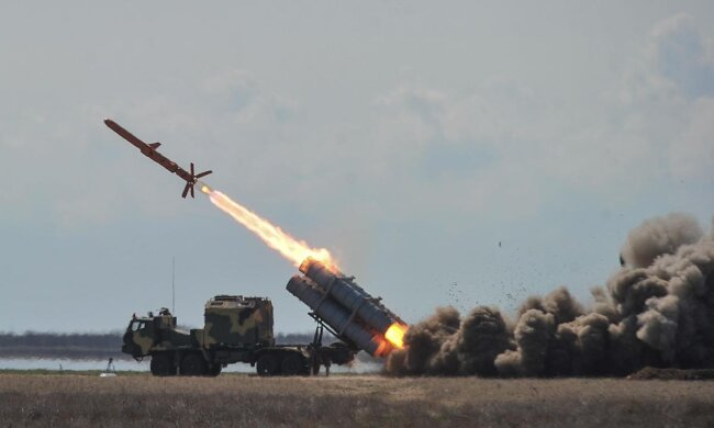 """Удивит мир: в Украине прошли испытание противокорабельного ракетного комплекса """"Нептун"""""""