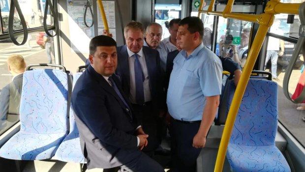 В Киеве появился знакомый Гройсмана. Крушит троллейбусы
