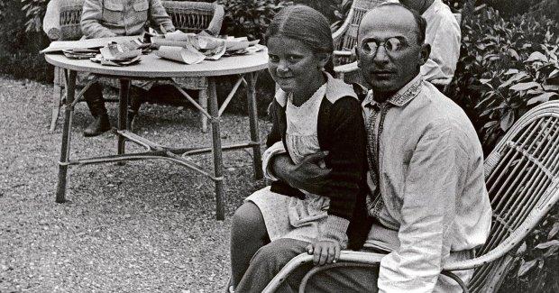 Главный педофил и насильник СССР: кто стал роковыми женщинами Берии?