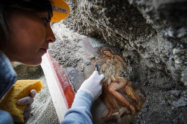 Эротика на стенах Помпеи: археологи были в восторге, голая дочь царя полонила всех