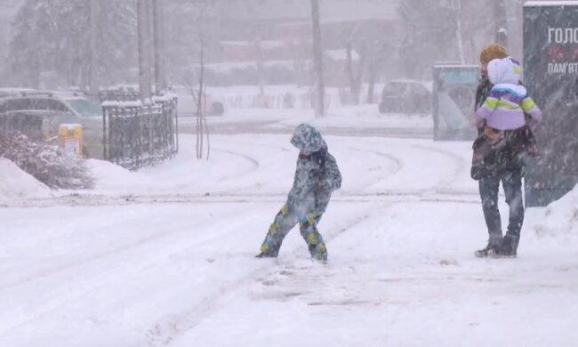 Погода 25 февраля: конец зимы преподнес сюрприз украинцам