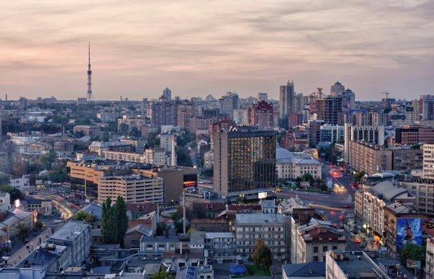 Застройщики потирают руки. Стало известно, сколько ещё жилых домов поместится в Киеве.