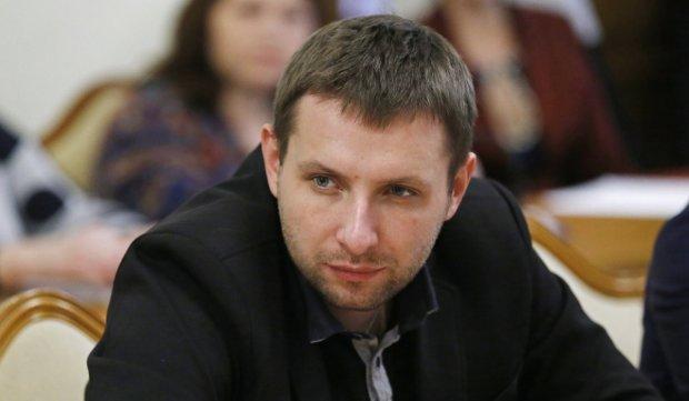 «Ганьба» наивысшего уровня: Парасюк гневно растрощил генпрокурора за мерзкие грешки. Луценко еще долго об этом не забудет