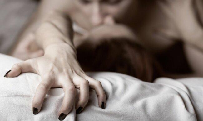Женщина и интим: не стоит отказывать себе в том, что не только приятно, но и полезно