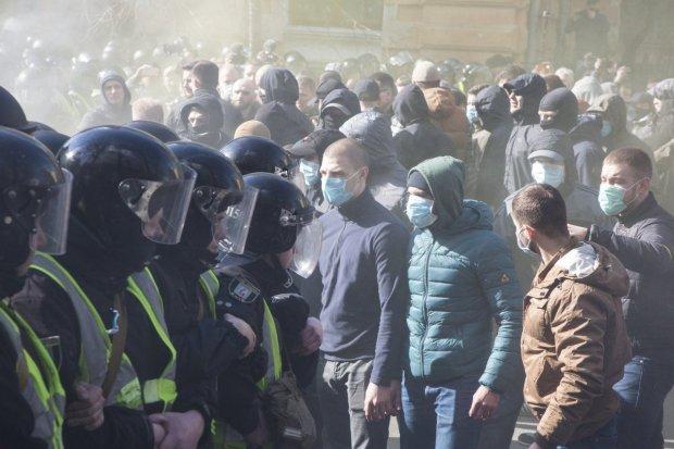Полиция задержала главу Нацкорпуса в Черкассах: зреет масштабный бунт, детали