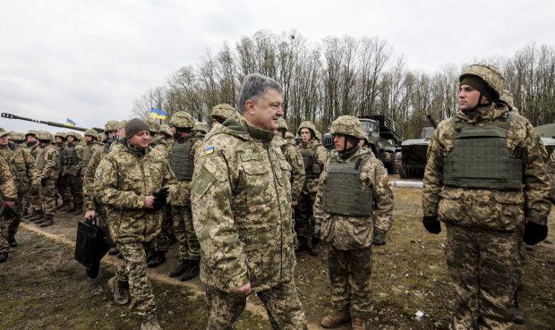 """Украинские воины восстали против Порошенко: """"Ск*тина, ты в своем уме?"""""""