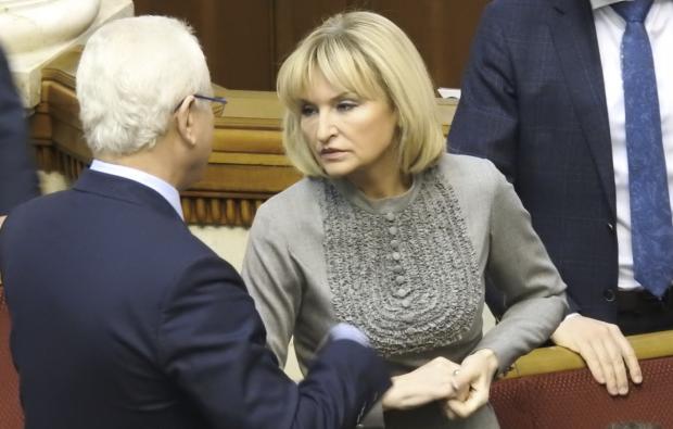 """Приспешница Порошенко Луценко начала раздавать советы Зеленскому: """"Учить, договариваться и не слушать"""""""