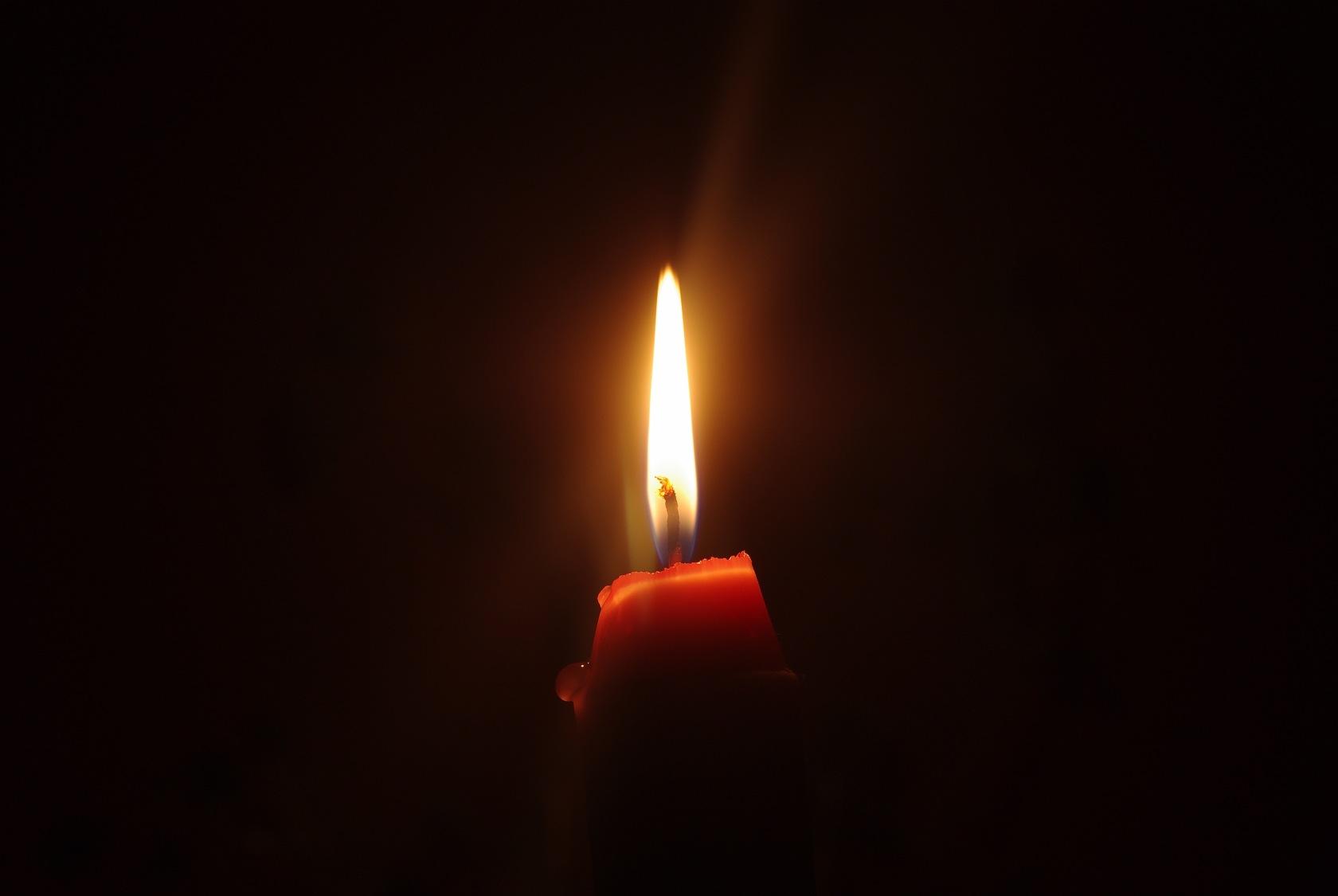 Гифка свеча скорби и памяти