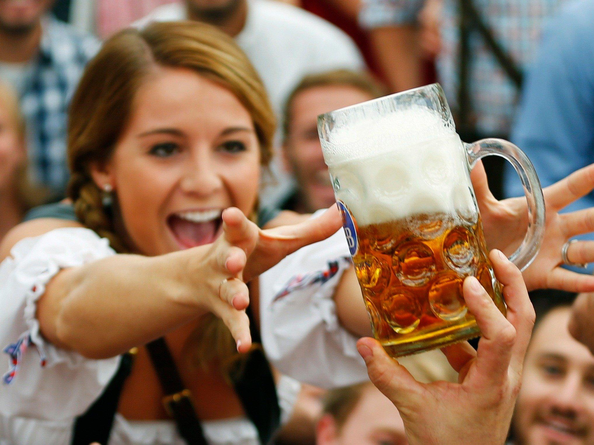 Пьют пиво картинки
