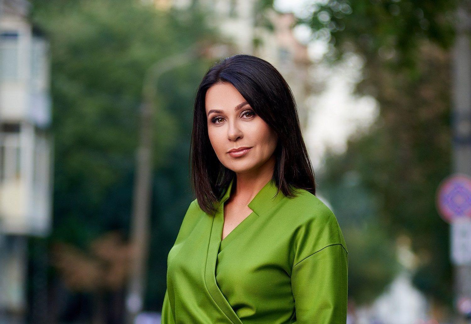 Наталья мосейчук фото декольте